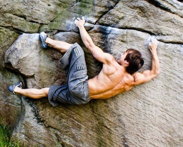 top reasons to love rock climbing